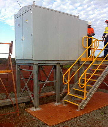 A NOJA Power GMK installed on a plinth in a WA Mine Site, providing Protection for MV Assets