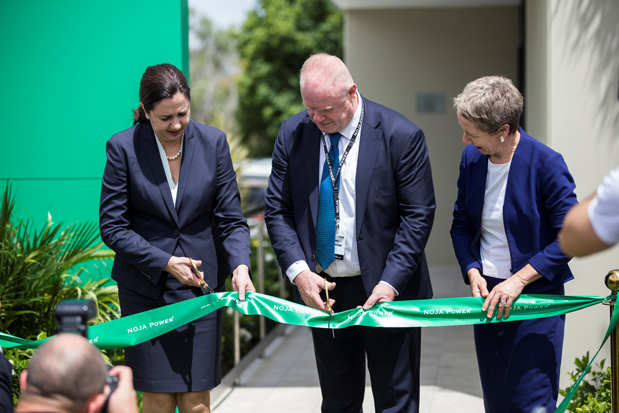 Queensland Premier Annastacia Palaszczuk, NOJA Power Group Managing Director Neil O'Sullivan and Di Farmer MP open the new Brisbane Facility