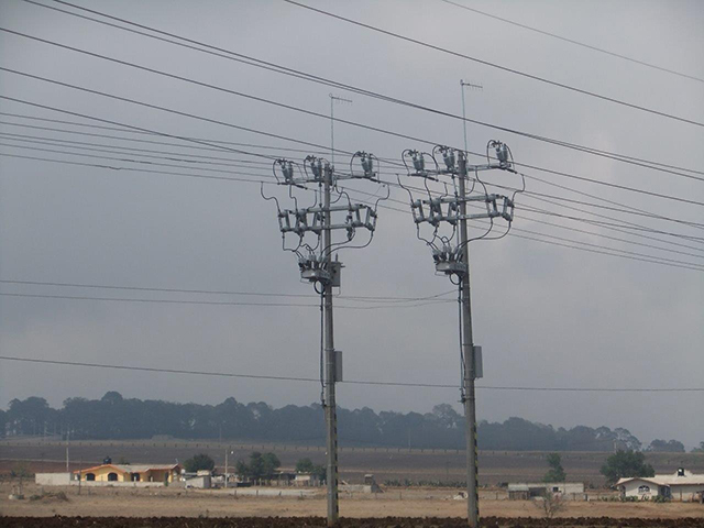 Two NOJA Power OSM Recloser Installations on Parallel Feeders
